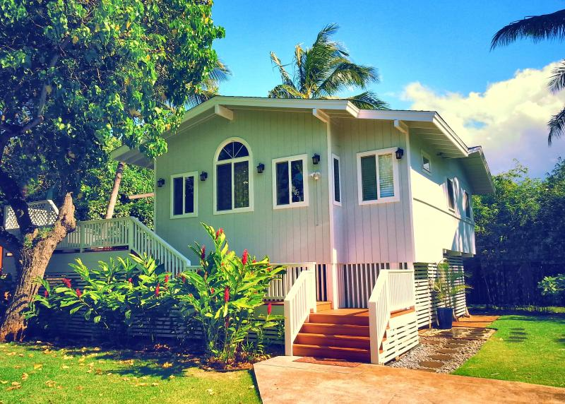 Welcome to your North Shore Paradise! - 10 YRS Great Reviews, Hot tub, Best Beach, 4 Bikes - Sunset Beach - rentals
