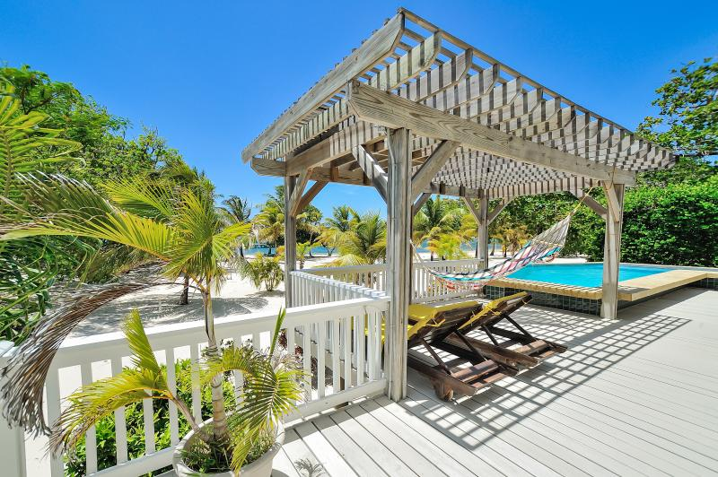 Welcome Home - Beachfront Casa Sunburst - Roatan - rentals