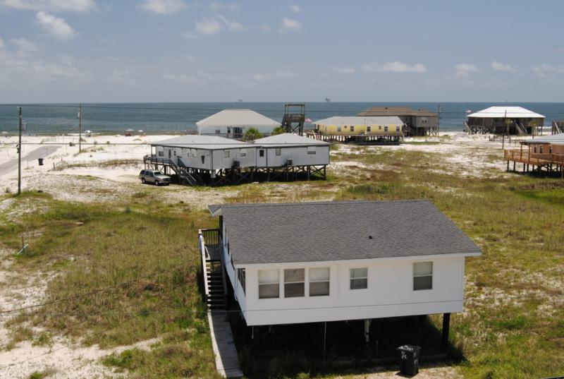Island Haus II - Nice Beach-side Cottage at an extremely affordable price! - Image 1 - Dauphin Island - rentals