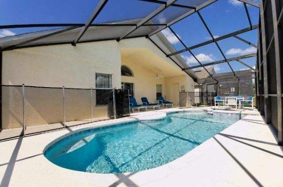 4 Bedroom 3 Bath Pool Home In Cumbrian Lakes. 4730CLD - Image 1 - Orlando - rentals