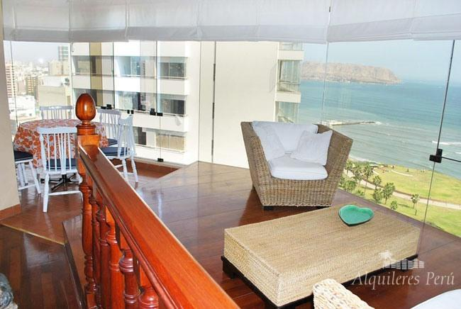 LUXURY OCEAN FRONT APARTMENT WITH POOL AND SAUNA. - Image 1 - Lima - rentals