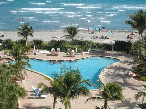 View from Balcony - Direct Ocean Front Condo on Hollywood Beach - Hollywood - rentals