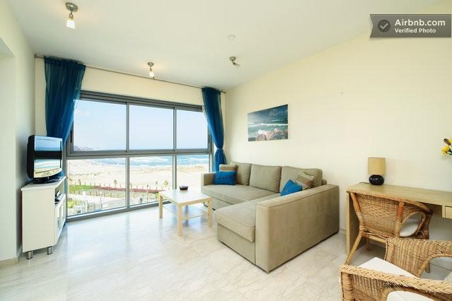 Living Room - *Okeanos Ba'marina view 1 Bedroom Suite Apartment* - Herzlia - rentals