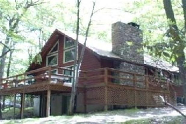 Spacious Home on Peaceful/Private Wooded Lot - Image 1 - Albrightsville - rentals