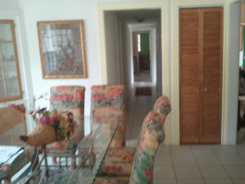 Dining Room - Peaceful Manor 1 block to Clearwater Country Club! - Clearwater - rentals