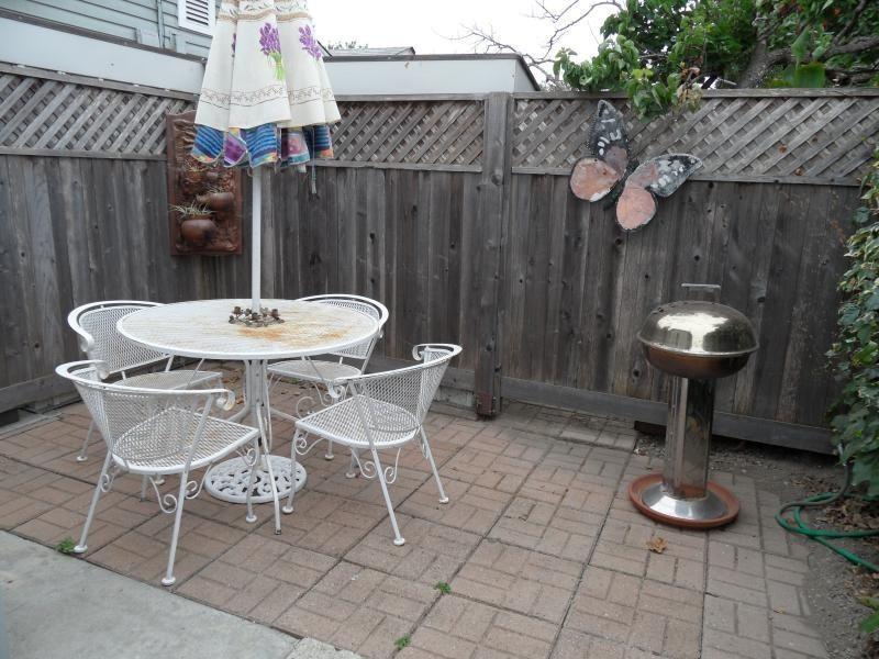 Fenced patio - SUMMER furnished vacation rental in Santa Cruz, CA - Santa Cruz - rentals