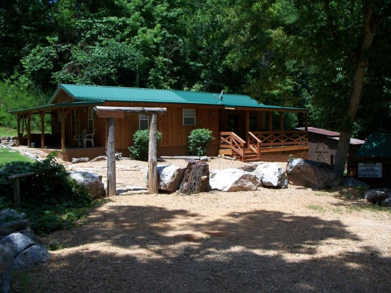 Unlimited Sportman's Cabin - White River Secluded Cabin - Vacation Home - Norfork - rentals