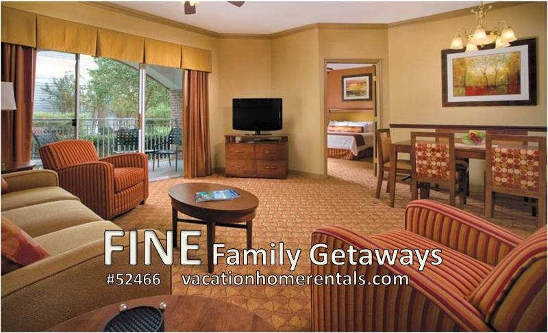 Living & Dining Area - Nashville Condo - 5 Star Luxury - See  Reviews! - Nashville - rentals