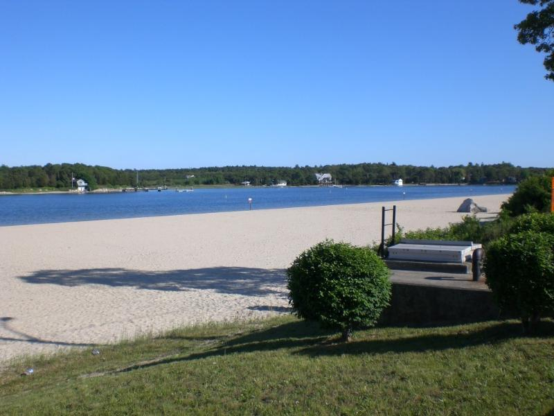Shell Point & Onset Beach - Across from salt water bay beach Friday to Friday! - Onset - rentals