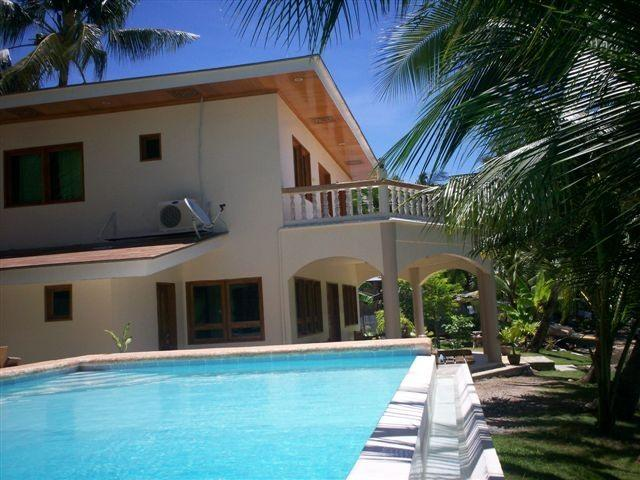 Pool side - Villa at the beach, with private pool - Argao - rentals