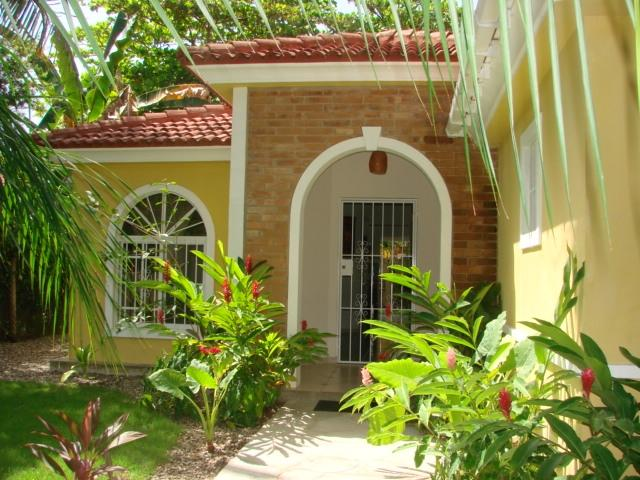 front of the house - Great 3 bedroom house, close to beach of Cabarete. - Cabarete - rentals