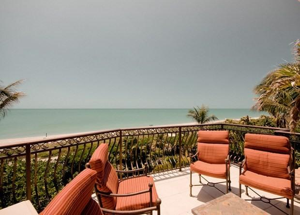 Gulf Front Dream Home! Golf Cart & Bicycle options - Image 1 - Captiva Island - rentals