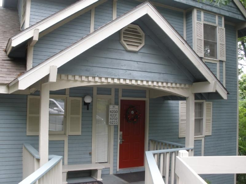 Christina's Lake Chateau is Where You Want to Go! - Image 1 - Osage Beach - rentals