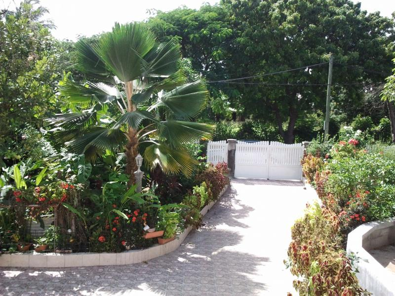 RESIDENCE MADELIA GUADELOUPE - Image 1 - Port-Louis - rentals