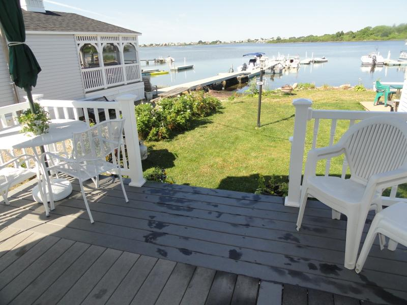 Waterfront home on Potters Pond next to E. Matunuck State Beach, S.Kingstown,RI - R.I Waterfront by E. Matunuck Beach & Narragansett - South Kingstown - rentals