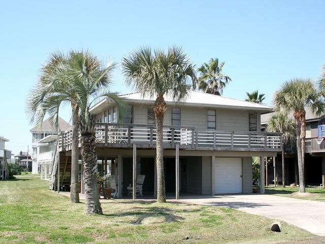 Five Star Hut in Pirates Beach. - BeachView Pirates Beach Five Star with Hot Tub! - Galveston - rentals