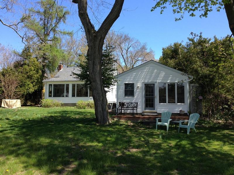 2 bed cottage to the left, detached studio in the foreground - 2 Bedroom House With Detached Studio, Water Views - Southold - rentals