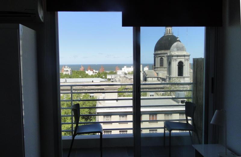 Studio AP with sea view! Best location in MVD (86) - Image 1 - Montevideo - rentals