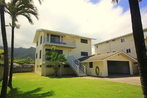 A place of relaxation and tranquility with amazing ocean and mountain views. - Pineapple Hale - w/ balcony, near beach - Hauula - rentals
