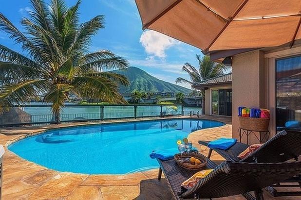 Nani Wai - private dock, pool, hot tub, sleeps 14 - Image 1 - Honolulu - rentals