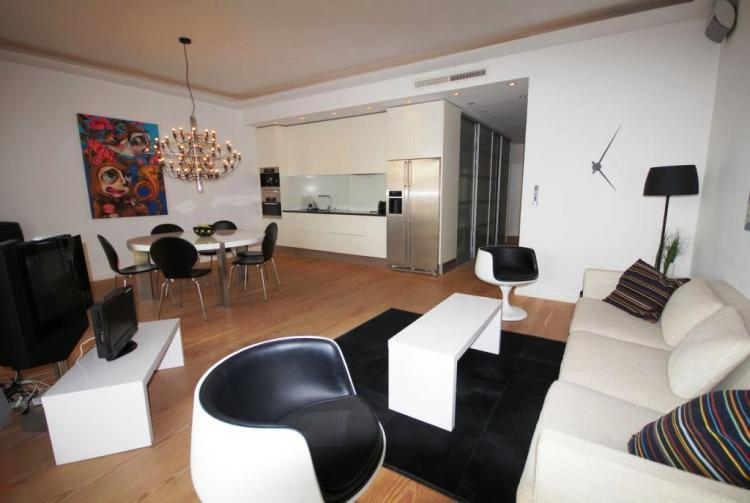 Croisette Pavillon, Wonderful 2 Bedroom Apartment - Image 1 - Cannes - rentals