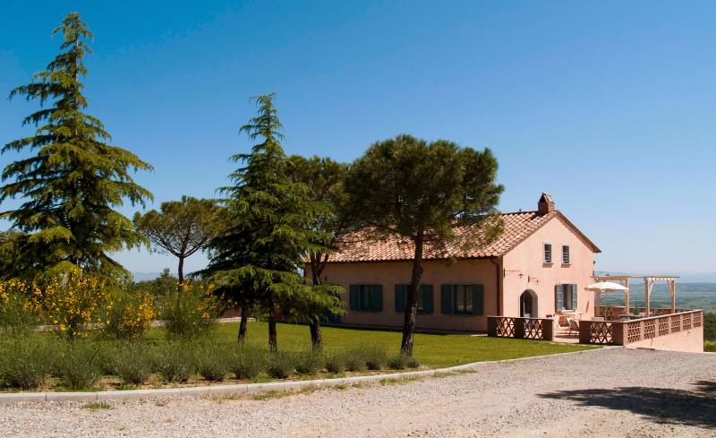 5 bedroom Villa in Montepulciano, Siena and surroundings, Tuscany, Italy : ref 2293995 - Image 1 - Sant'Albino - rentals
