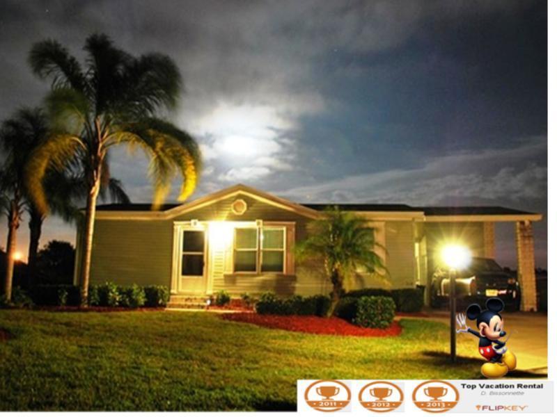 Exterior/Exterieur - Near Disney -Low rates, nice area and no carpets - Orlando - rentals