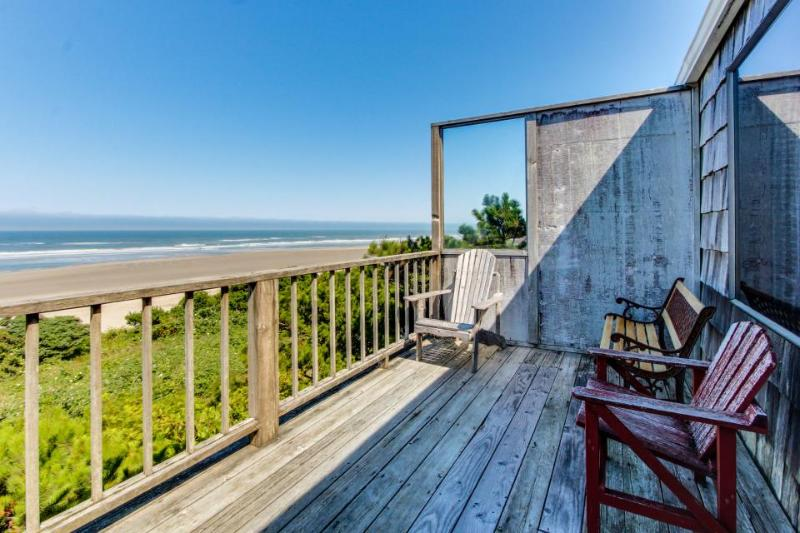 Two vintage, waterfront homes in one - walk to the beach, dogs OK! - Image 1 - Waldport - rentals