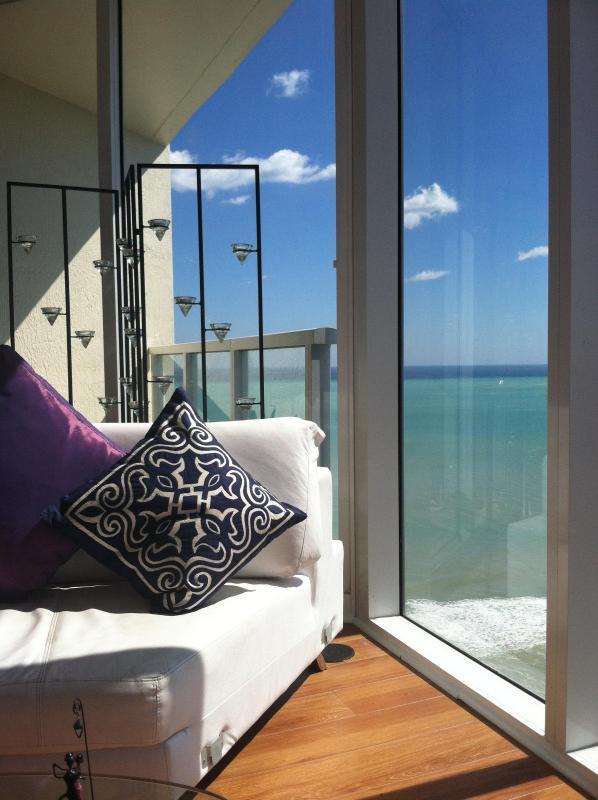 La Perla. Sunny Isles Beach. Panoramic Ocean VIew - Image 1 - Sunny Isles Beach - rentals