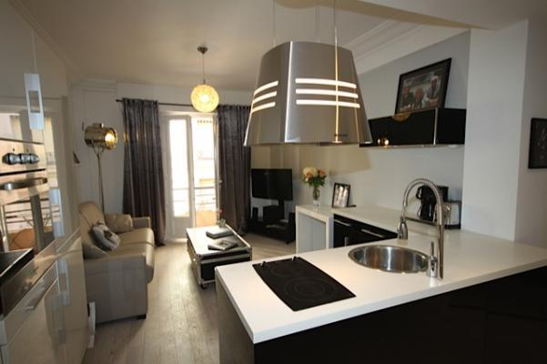 Pasteur Design Cannes Vacation Rental with a Balcony - Image 1 - Cannes - rentals