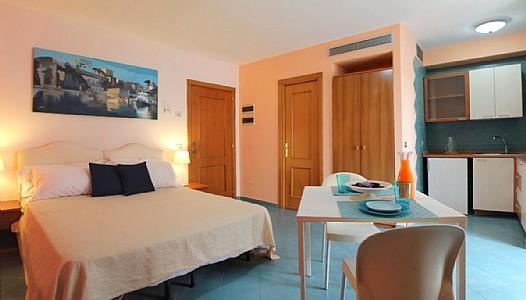 Appartamento Plinia E - Image 1 - Sorrento - rentals