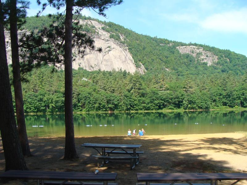 Gorgeous Echo lake - ~ WALK to ECHO LAKE - STORYLAND -Cathedral. Ledge - North Conway - rentals