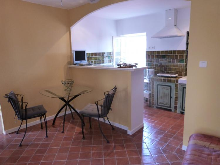 Petit St Antoine 1 Bedroom Apartment Rental, Near the Sea - Image 1 - Cannes - rentals