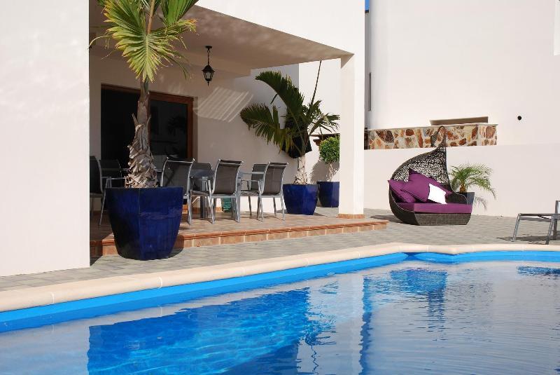 Villa LVC200586 - Image 1 - Costa Teguise - rentals