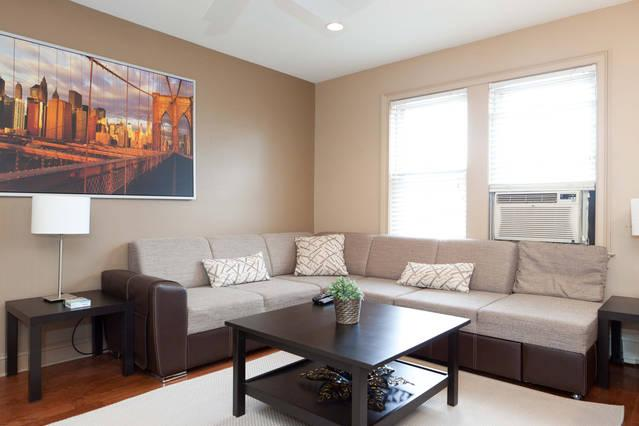 Luxe/Spacious Apt, great Area NYC close to subway - Image 1 - Astoria - rentals