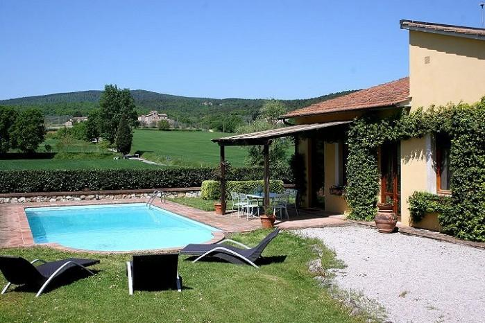 3 bedroom Villa in Monteriggioni, Tuscany, Italy : ref 2018135 - Image 1 - Monteriggioni - rentals