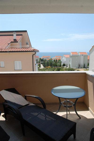 Luxury apartment Bety 6 next to the beach for 5pax in Novalja - Image 1 - Novalja - rentals