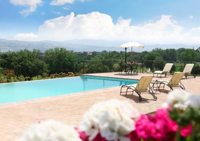 5 bedroom Villa in Marsciano, Umbria, Italy : ref 2018142 - Image 1 - Marsciano - rentals