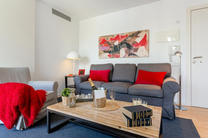 Living area - Homearound Rambla Suite & Pool  24 (1BR) - Barcelona - rentals