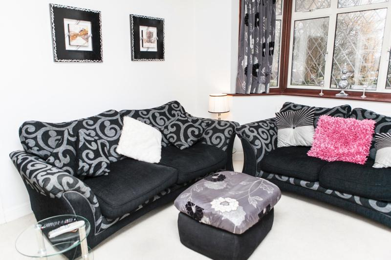 The lounge - 3 Bedroom House, A Great Area, Perfect for London, Great for Brighton Seaside - London - rentals