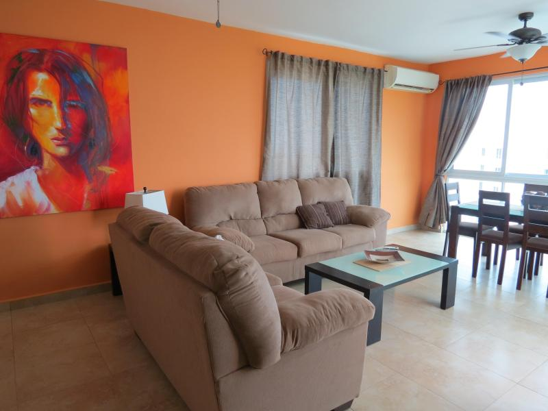 F4-12D, 3 bedroom Penthouse - Image 1 - Farallon - rentals