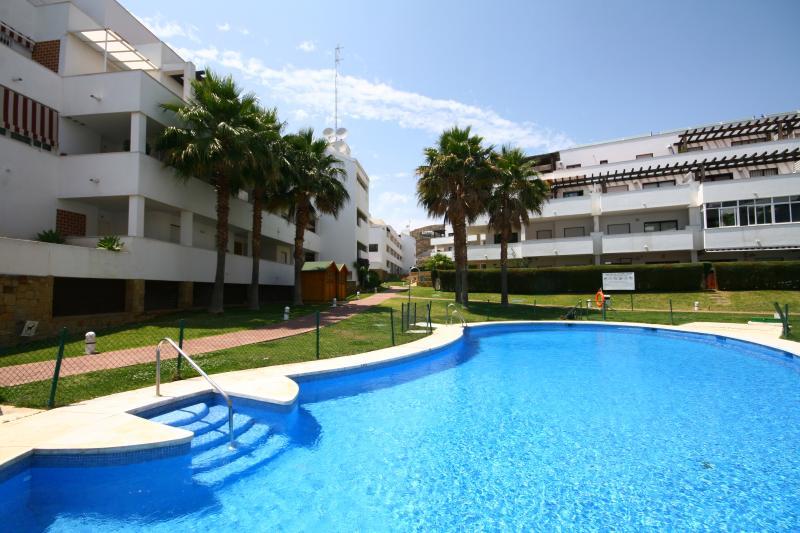 Riviera Apartment - 1300 - Image 1 - Cadiz Province - rentals