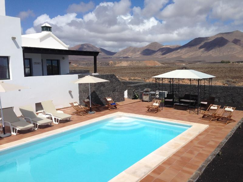pool furniture new for 2014 - Villa Victoria - Playa Blanca - rentals