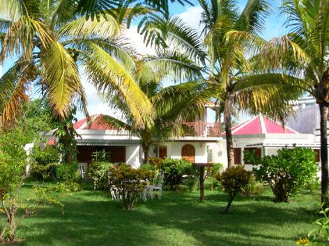 Twin Towers Villa - Villa in Pereybere, Mauritius - Pereybere - rentals