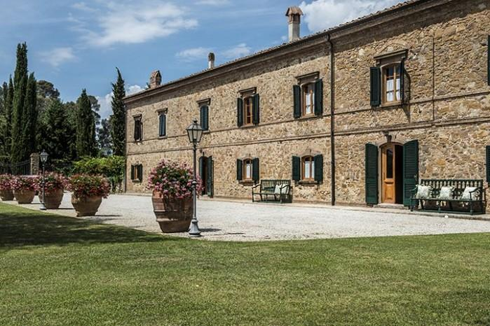 9 bedroom Villa in Montaione, Tuscany, Italy : ref 2017788 - Image 1 - Gambassi Terme - rentals