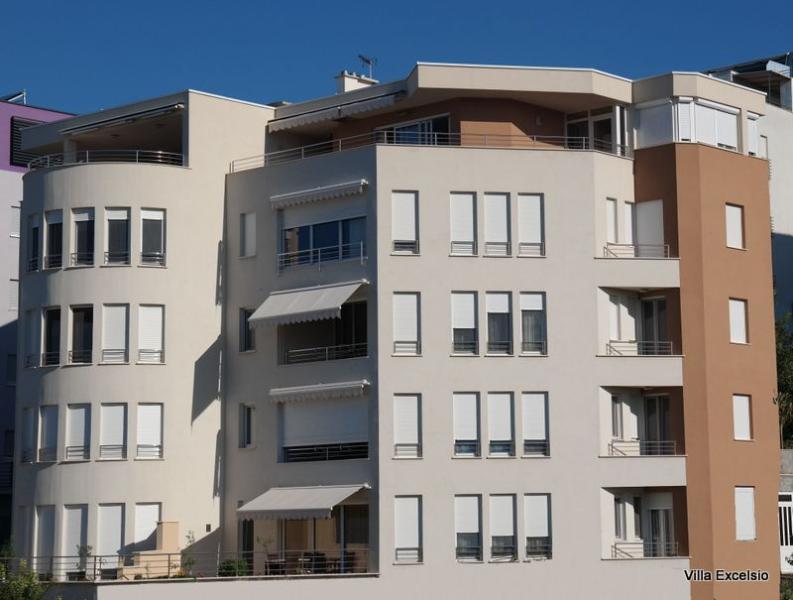 Villa Excelsio, LUXURY BEACH VILLA - Image 1 - Split - rentals
