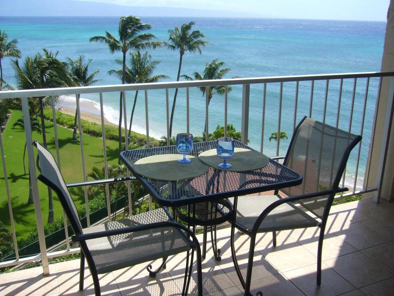 Confortable seating and spectacular view from our lanai - Fabulous Ocean and Sunset Views, Royal Kahana 714 - Napili-Honokowai - rentals