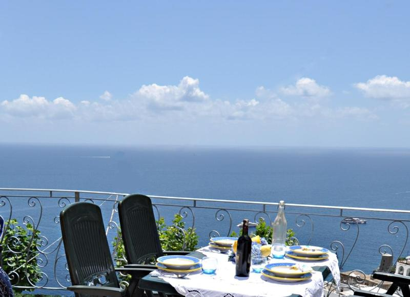 Terrace overlooking the sea - Positano, will be in the heart of that.... -WiFi free -A/C free -6 Bedr, 6 Baths - Positano - rentals