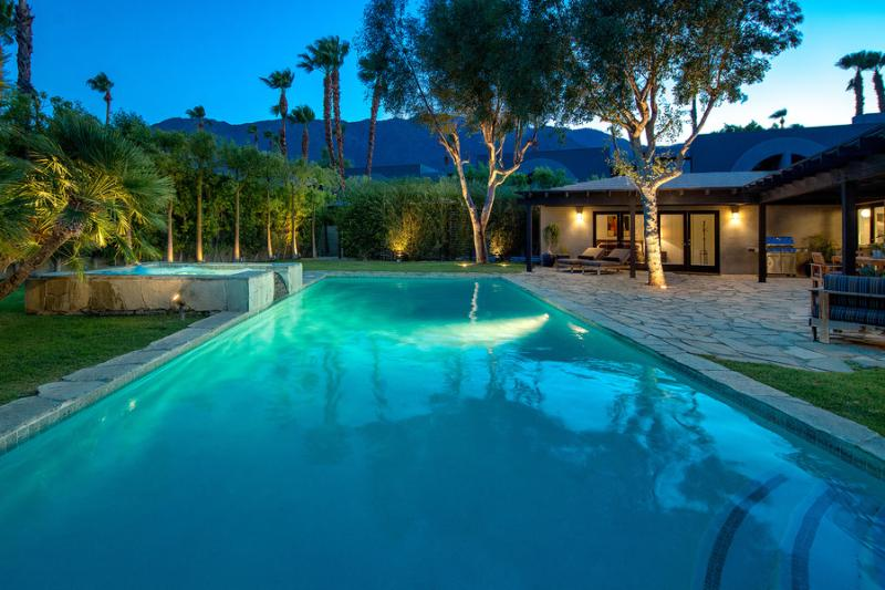 Large Pool and Spa With Mountain View - Las Palmas Del Sol - Palm Springs - rentals
