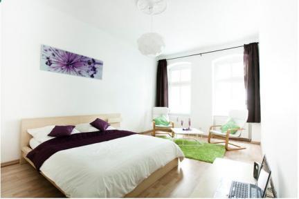 Chic Apartment in the Heart of Prenxlauer Berg, Berlin - Image 1 - Berlin - rentals
